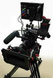 Видеокамеру профессиональную