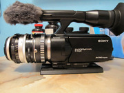 Видеокамера Sony NEX-VG20 с объективом