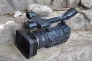 Продаю видеокамеру SONY HDR-AX2000E HANDYCAM HD